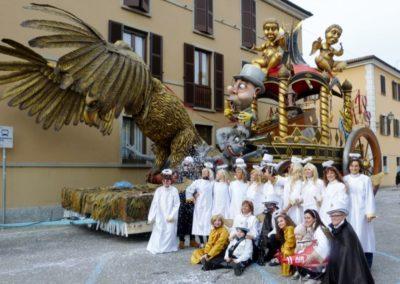 foto dei carri del carnevale cremasco 2017 11